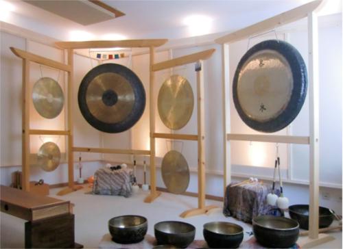 Flügelgongständer für mehrere Gong`s